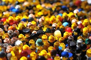 crowd-lego.jpg